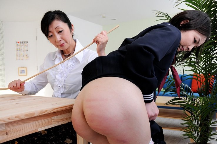 Japanese girl spanked by boss for tardiness